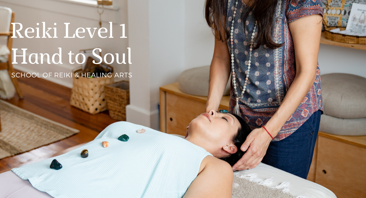reiki training level 1 online certification and in-person classes Tampa Florida with Hand to Soul